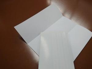 A4用紙を三つ折りにする方法2-4